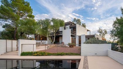 In Search of a Distinctive Desert Dwelling? Arizona's Ramada House Is a Southwest Star