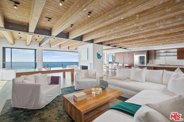 Malibu, CA Matthew Perry beach house