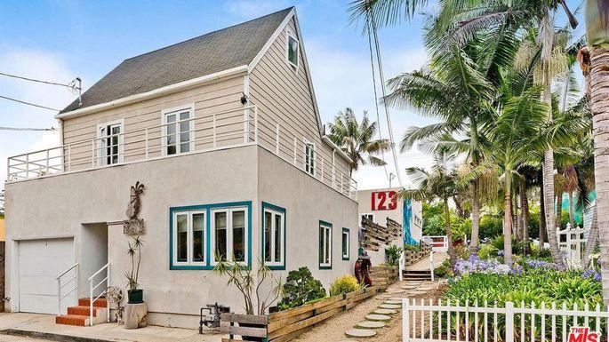 Home in Marina Del Ray