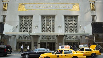 Waldorf Astoria to Sell Condos, as Chinese Owners Shrug Off Glut
