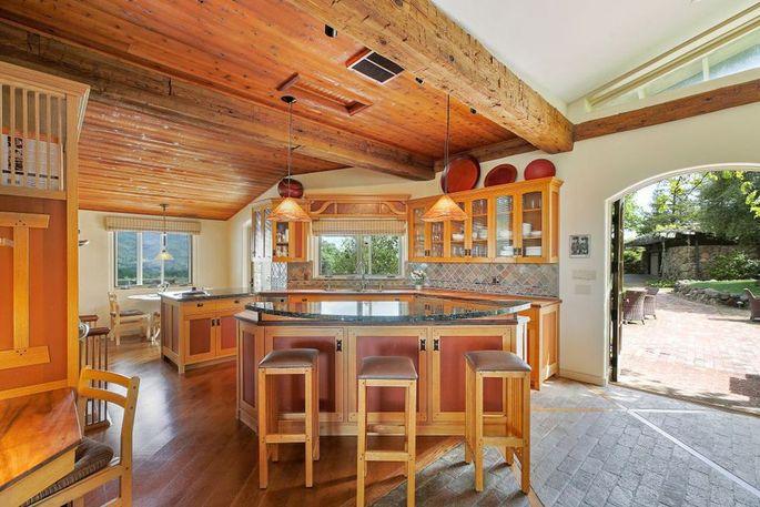Open kitchen with breakfast nook