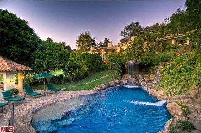 Mark Wahlberg Sells Mansion in the 90210 | realtor.com®