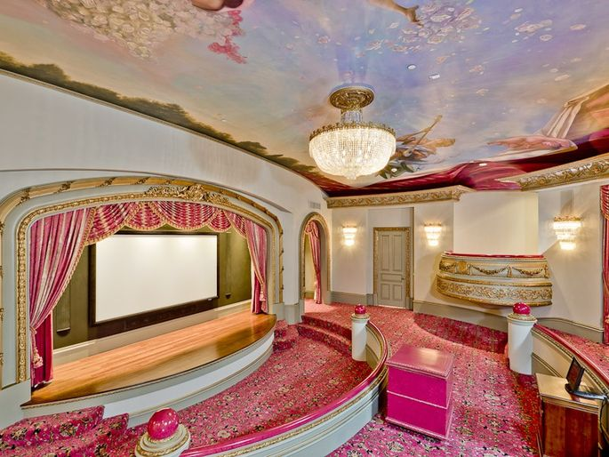 The Pink Theater