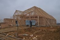 Builders Bet on Strong Spring With Speculative Homes