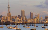 New Zealand Hangs 'Welcome' Sign for Foreign Investors