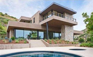 Flea Lists His Rebuilt Malibu Home for $4.795 Million (PHOTOS)