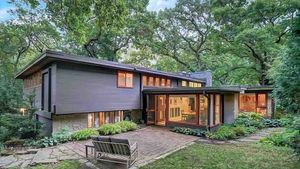 7 Midcentury Modern Homes in Places You Might Not Expect