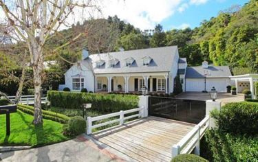 Judy Garland's Bel Air Home Back On The Market With A Brand New Look (PHOTOS)