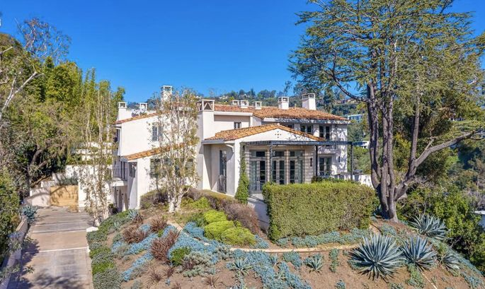 1235 Tower Road, Beverly Hills, CA