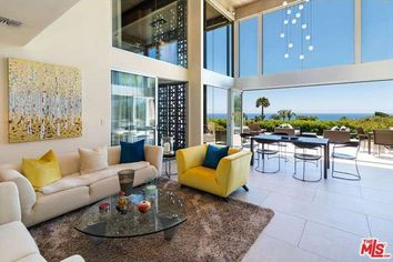 3 Distinctive Designs by Legendary Architect Edward Durell Stone