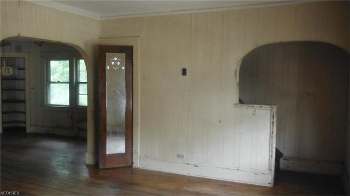The interior of a $3,000 home in Cleveland