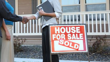 How to Negotiate a Real Estate Agent Commission
