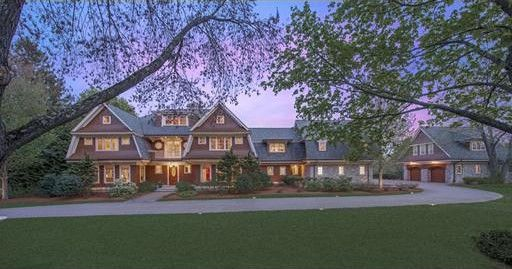 10 homes in america 39 s best school districts massachusetts for Most expensive house in massachusetts