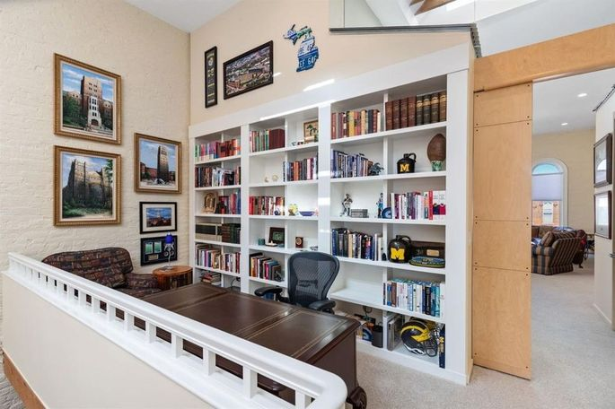 Office with built-ins