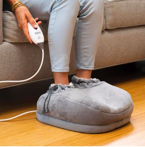 You'll never have cold feet again with this foot warmer.