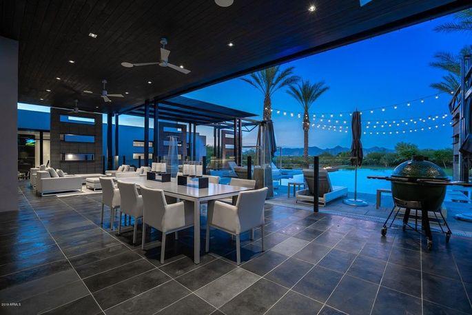 Mezzanine patio