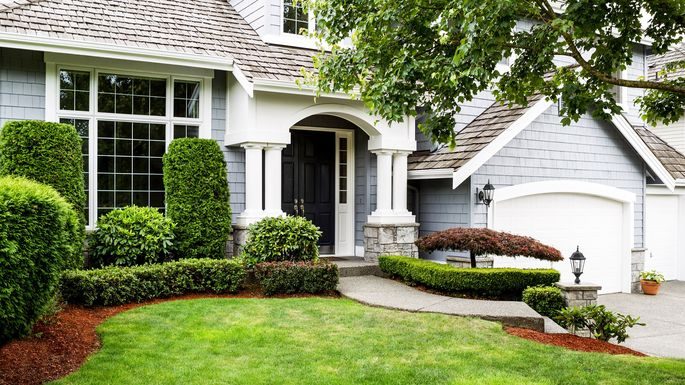 Front Elevation Landscape Ideas : Front yard landscaping ideas to try now before it s too