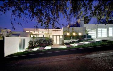 Screenwriter Kevin Williamson Lists Los Angeles Home For $3.95 Million (PHOTOS)