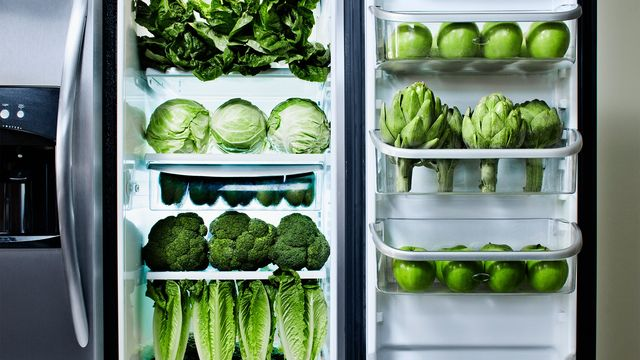 7 Scarily Organized Refrigerators That'll Make You Worry What This World Has Come To