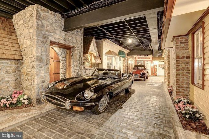 Cars in basement town