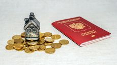 Can a Non-U.S. Citizen Get a Mortgage in the U.S.? It Depends on Your Immigration Status