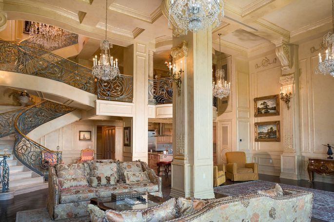 My very own versailles homeowners who re create the for Luxury extended stay hotels nyc