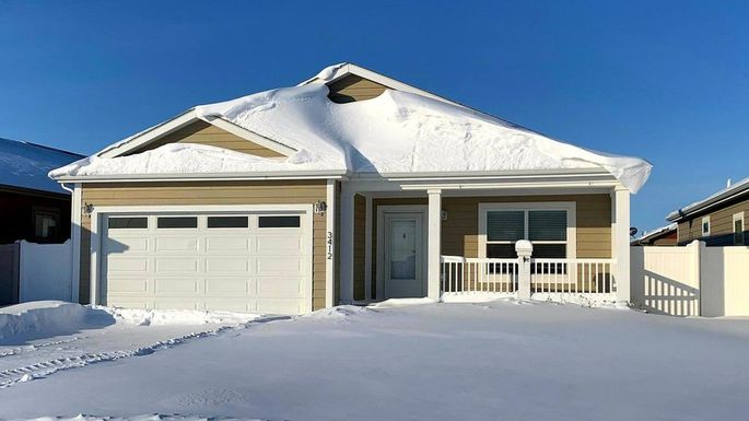 Ranch home in Williston, ND