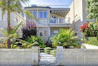 Kelly Ripa's New Co-Host? Former NY Giants Star Michael Strahan Lists Hermosa Beach Pad (PHOTOS)