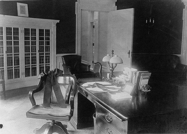 The Roosevelt desk in the Oval Office during President Warren G. Harding's administration