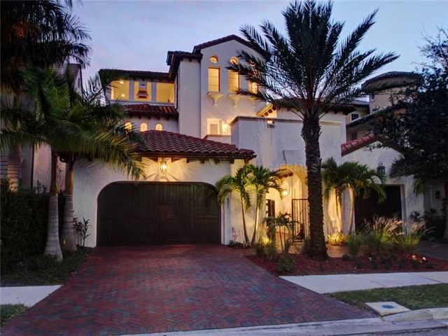 rob-gronkowski-sells-party-mansion-in-tampa-1