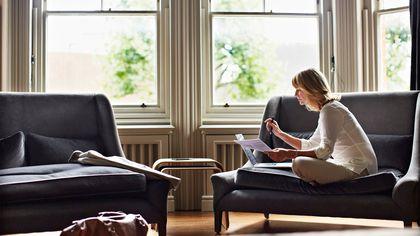 Why Single Women's Homes Appreciate Less Than Single Men's