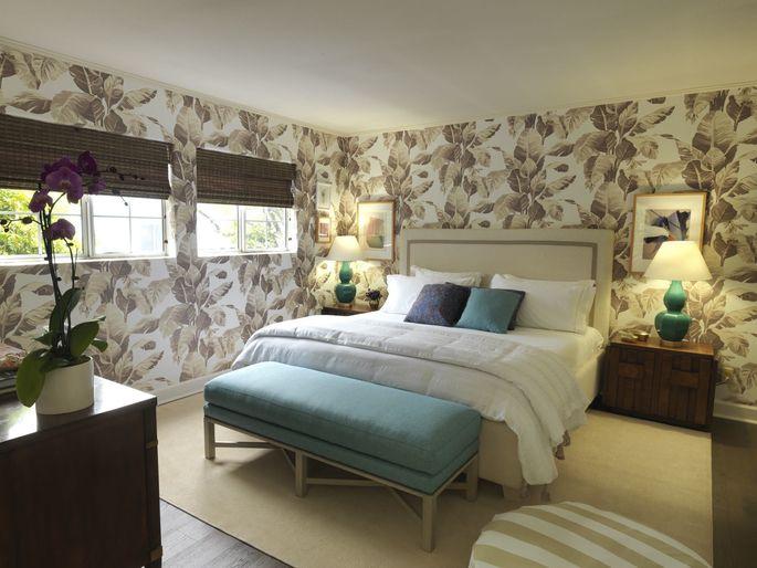 Nathan Turner designed this fresh, resort-style bedroom.