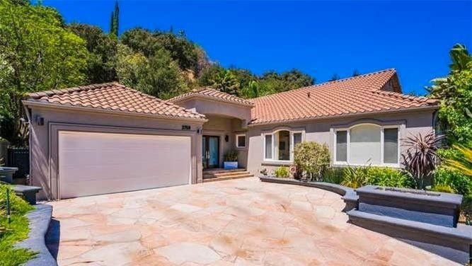 Jeff Lewis-Designed Home in SoCal Is Listed for $2.4M | realtor.com®