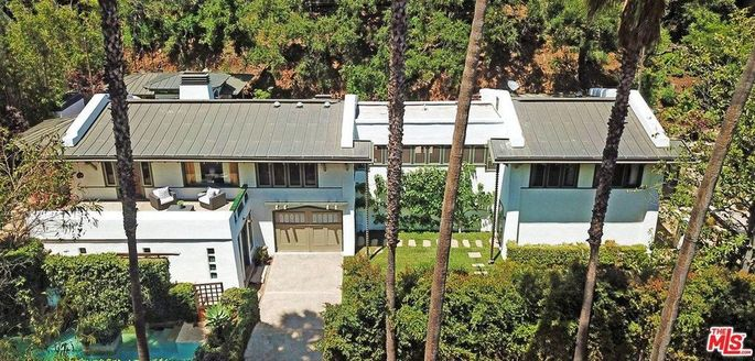 Douglas Fairbanks' former Hollywood Hills hideaway