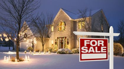 Ho, Ho, Home Buying? Here Are the Top Markets to Buy a House During the Holidays