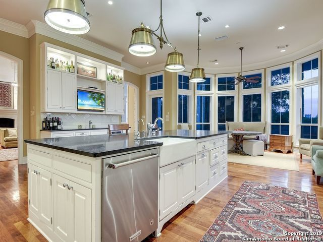 Kitchen with island and eating nook