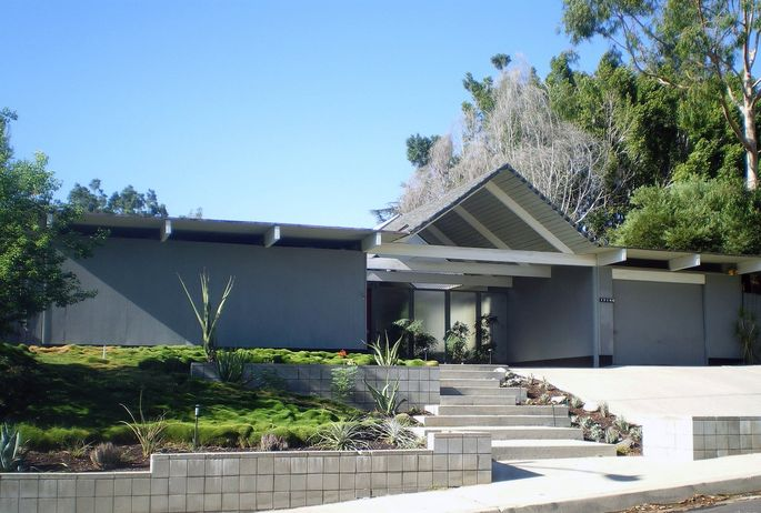 Foster Residence, Granada Hills neighborhood of Los Angeles. Joseph Eichler design.