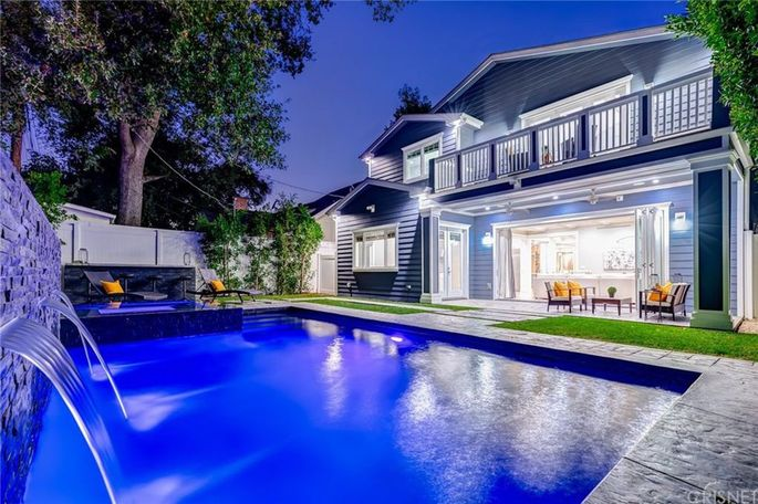 Ne-Yo's Sherman Oaks home