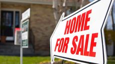 How to Sell a House: 6 Tips to Entice Buyers in Record Time