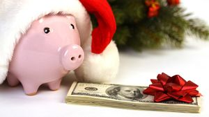 The Ultimate Holiday Tipping Guide for Apartment Dwellers