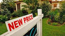How Much Is My House Worth? How To Price a House To Sell Like Hotcakes