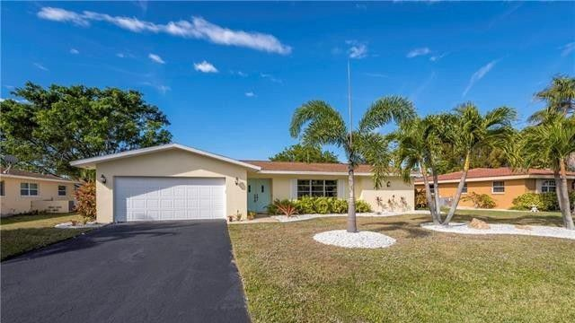 Cape Coral three-bedroom home
