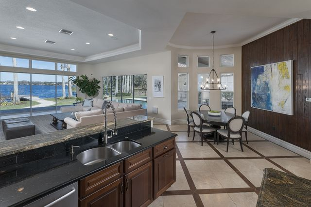 Now Back In Nebraska Scott Frost Lists His 1 8m Florida Mansion Sfgate
