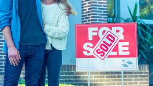 6 Times It's Actually Smarter to Buy a New Home Before Selling the Old