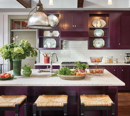 Pelt (plum) paint color in kitchen