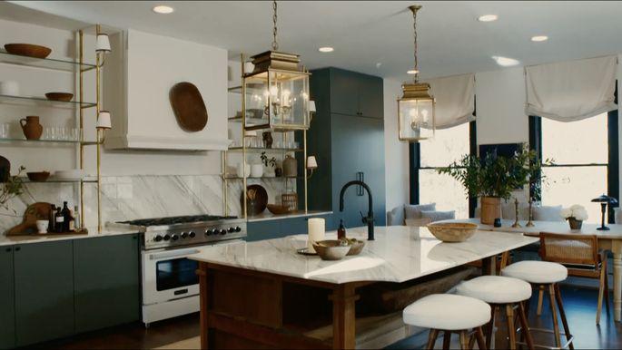 Nate Berkus and Jeremiah Brent design a gorgeous kitchen.