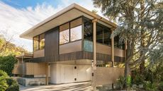 All-Aluminum Midcentury-Modern Paradise on the Market in SoCal for $3.5M