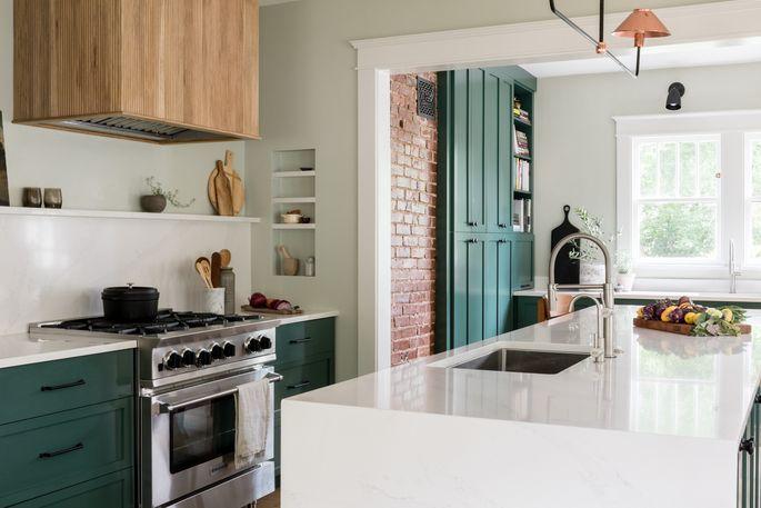 Amanda Frederickson's kitchen