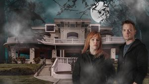 Is This NJ Mansion Really Haunted? Ghost Hunting With the Hosts of 'Kindred Spirits'