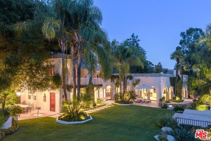 Former Benedict Canyon home purchased from Cher